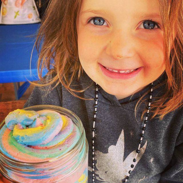 Check out miss Alice posing with a freshly made batch of 🌈 Rainbow Whipped Soap 🌈. Who doesnt love a rainbow?!?! Great for getting those stinky kiddies to wash themselves 🤪 If you want to see how we made this head over to fb and join our group!  #lowtox #lowtoxliving #cleanliving #cleanlivingmadesimple  #bloomingmandala #toxfree #chemicalfree #chemicalfreeliving #diyrecipes #essentialoils #doterraau #toxfreeliving #toxfreehome #chemicalfreehome #chemicalfreebeauty #toxfreebeauty #toxfreepersonalcare  #rainbowsoap