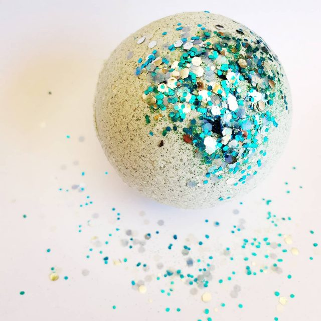 Yayyy we now stock @theglittertribe BIOGLITTER!! . . . . . . . .m #lowtox #lowtoxliving #cleanliving #cleanlivingmadesimple  #bloomingmandala #toxfree #chemicalfree #chemicalfreeliving #diyrecipes #essentialoils #doterraau #younglivingaustralia #diycleaningproducts #diycleaning #diydishwashertablets #toxfreeliving #toxfreehome #chemicalfreehome #chemicalfreebeauty #toxfreebeauty #toxfreepersonalcare  #bioglitter