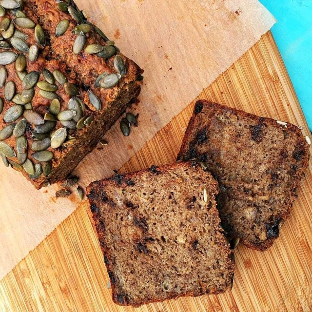 🍌HEALTHY BANANA BREAD🍌 This healthy banana bread is vegan, meaning it is dairy and egg-free - perfect for those with allergies or just trying to stick to a plant-based diet like me.  But even if you forget all that it is just bloody yummy so anyone will ❤ it!! Recipe link in bio . . . . . . . . #wholefood #wholefoodkids #jerf #wholefoods #wholefoodsplantbased #cleanliving #cleanlivingmadesimple  #bloomingmandala  #healthykids #plantbasedfood #toxfree #chemicalfree #wholefoodsplantbased #cupcakes #healthycupcakes #foodforkids #foodforkidshealth #glutenfreerecipes #glutenfree #healthybaking #bananabread #healthybananabread #vegan
